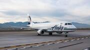 فیلم | لحظه خروج هواپیما در آلاسکا از باند فرودگاه | ۱۲ نفر کشته و زخمی شدند
