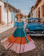 فیلم و تصاویر | ویراژ خوشرنگهای کلاسیک آمریکایی در کوبا | خودروهای قدیمی جاذبه گردشگری شدند