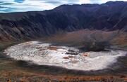 آبشار و دهانه آتشفشان راین در کرمان ثبت ملی شدند | خطر بهرهبرداری غیراصولی از دهانههای آتشفشانی راین ادامه دارد؟