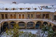 تصاویر | حال و هوای بازار تاریخی اراک پس از اولین برف پاییزی