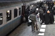 ضدعفونی قطارهای مسافربری علیه کرونا | الزام استفاده از ماسک و دستکش توسط همه مأموران قطار
