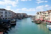 آب کانال ها در ونیز شفاف و تمیز شدند | قرنطینه ناشی از کرونا چطور به محیط زیست کمک میکند؟
