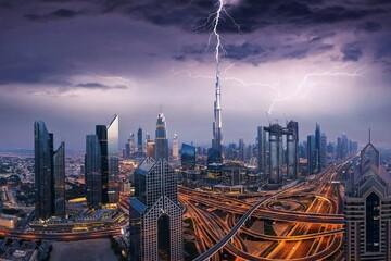 راه حل  جالب دبی برای مقابله با خشکسالی چیست؟  | باران دزدی شکلی جدید از جنگ
